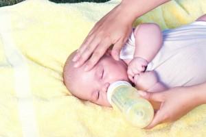 宝宝如何断奶比较快有助于断奶的好办法